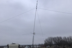 The club 'beast' antenna on the trailer