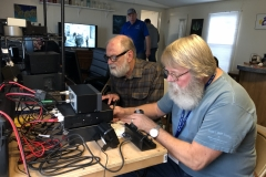 John - WD5IKX on SSB while Lee - N5SLY logs on networked PC